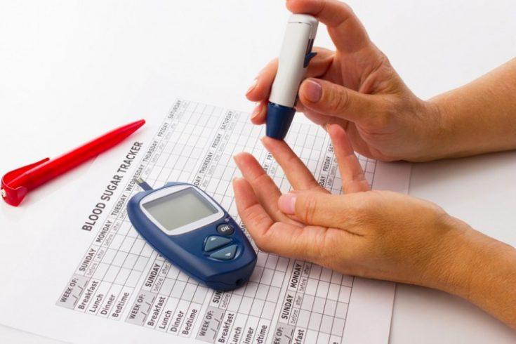 blood-sugar-testing-2132874251-735x490.jpg